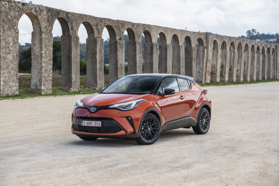 Toyota C-HR Hybrid Dynamic Force
